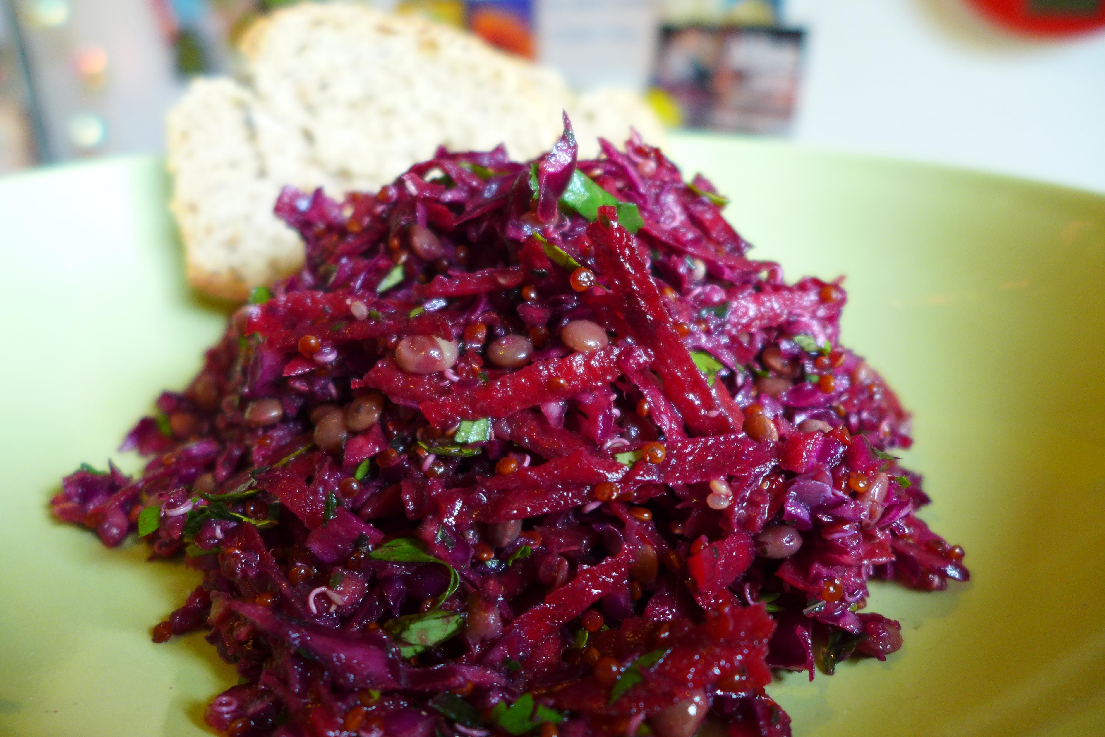 roter quinoa salat go veg. Black Bedroom Furniture Sets. Home Design Ideas